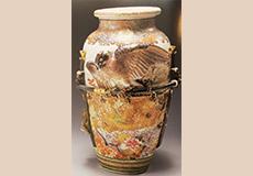 高浮彫鷹花瓶