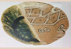 織部焼代表作品画像-鳴海織部輪花皿